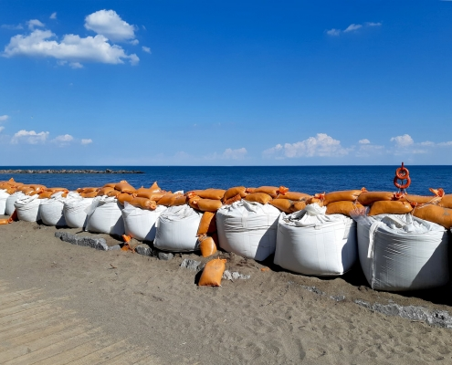 FIBC and Sandbags for flooding