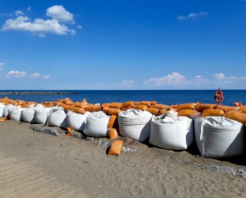 FIBC and Sandbags for flooding